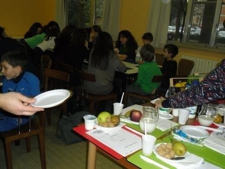 phoca_thumb_l_3_A_scuola_di_latte_workshop_con_dietista_alimos