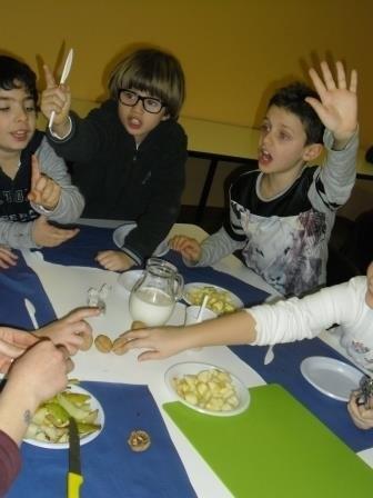 phoca_thumb_l_7_A_scuola_di_latte_workshop_con_dietista_alimos