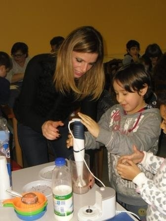 phoca_thumb_l_86_A_scuola_di_latte_workshop_con_dietista_alimos